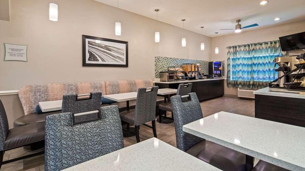 Best Western Mayport Inn & Suites - Restaurant / Etablissement gastronomique