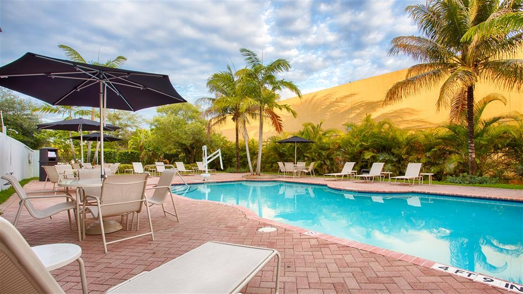 Best Western Plus Miami-Doral/Dolphin Mall - Piscina all'aperto