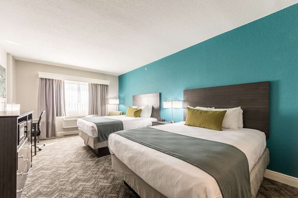 Best Western Plus Sebastian Hotel & Suites - Double Queen Room