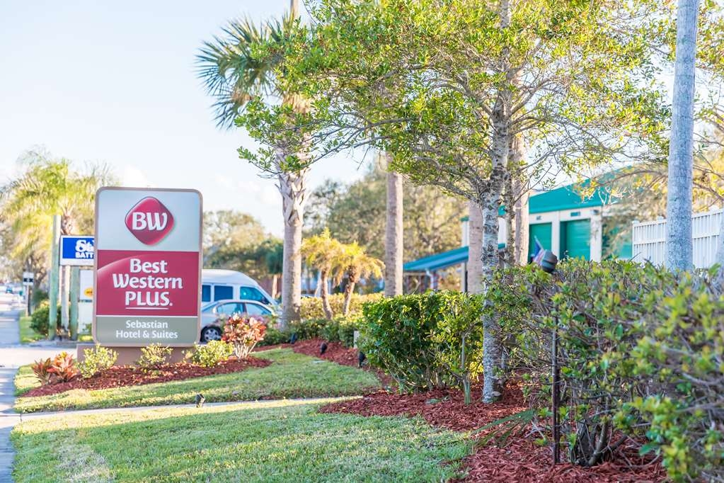 Best Western Plus Sebastian Hotel & Suites - Exterior Sign