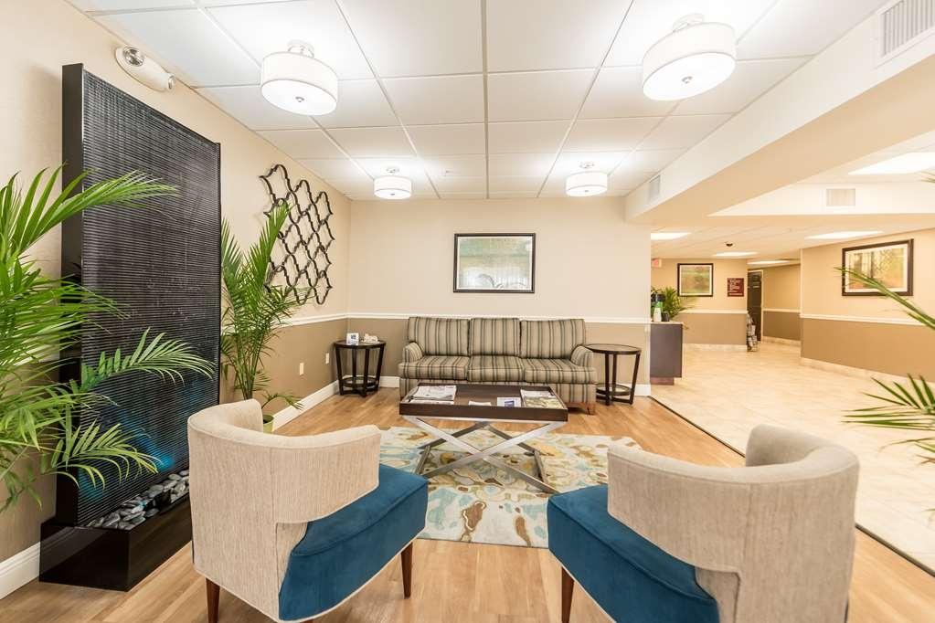 Best Western Plus Sebastian Hotel & Suites - Vue du lobby