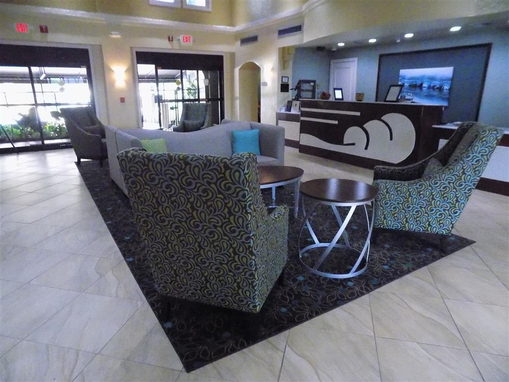 Best Western Plus Deerfield Beach Hotel & Suites - When you walk into our hotel we want to you feel like this is your next home away from home.