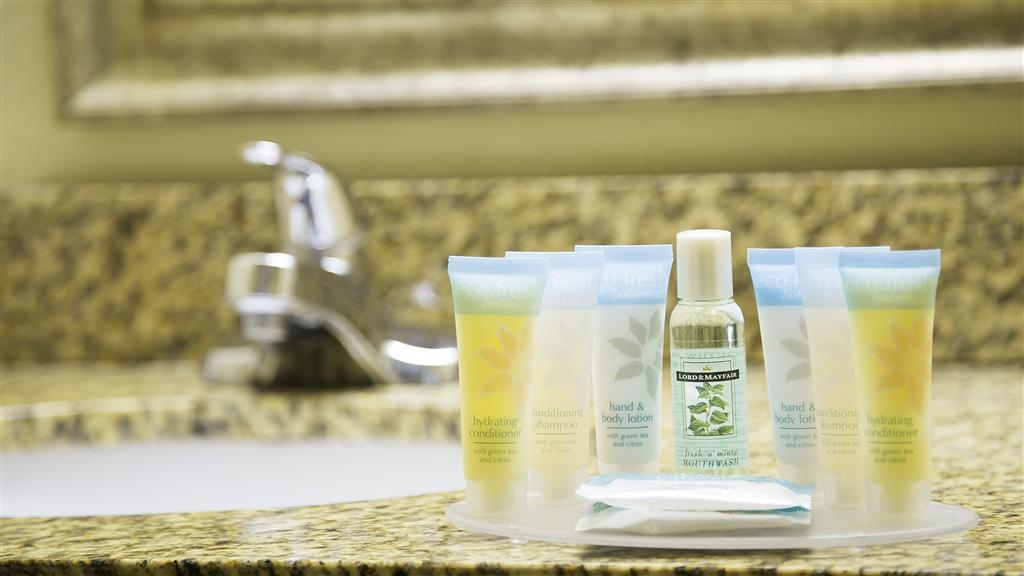 Best Western Orlando East Inn & Suites - Forgot Shampoo? Dont worry we have you covered, complimentary shampoo, conditioner and lotion are provided.