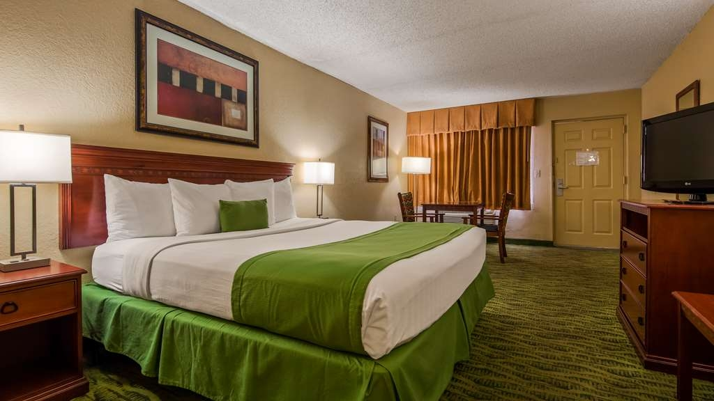 Best Western Orlando East Inn & Suites - Chambres / Logements