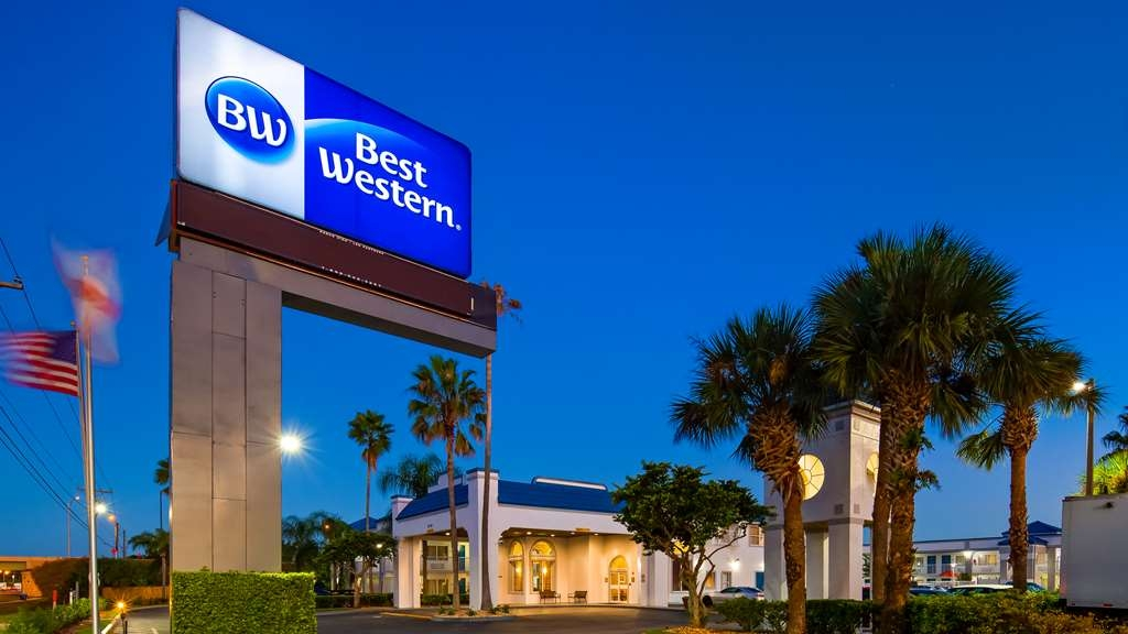 Best Western Orlando East Inn & Suites - Vista Exterior