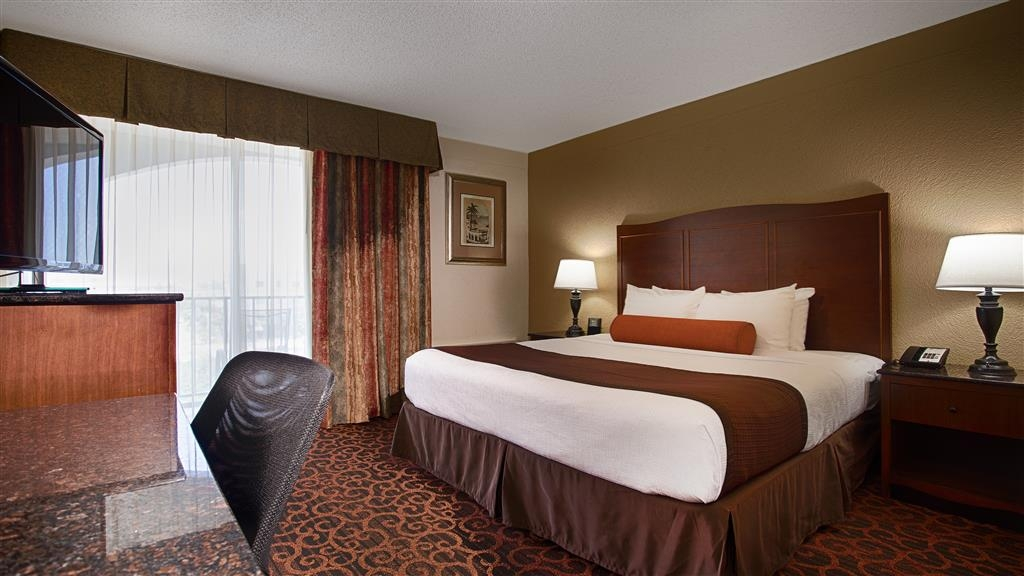 Best Western Plus Windsor Inn - Chambre avec lit king size