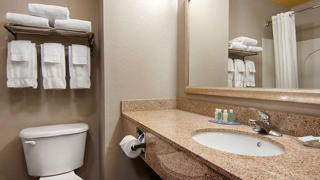 Best Western Auburndale Inn & Suites - All guest bathrooms have a large vanity with plenty of room to unpack the necessities.