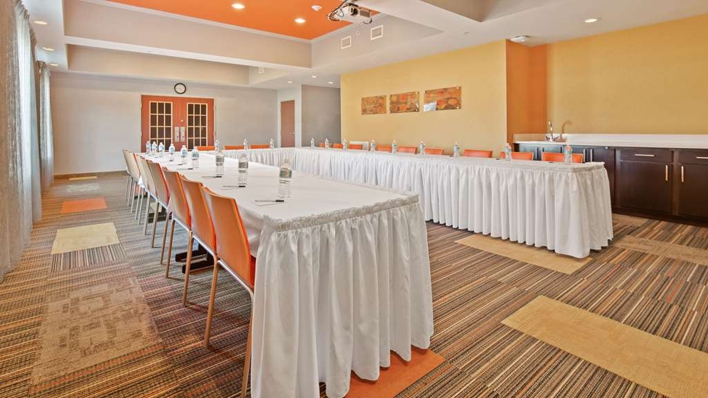 Best Western Auburndale Inn & Suites - Meeting Room