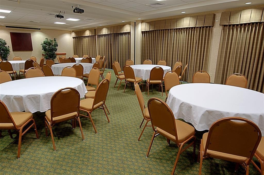 Best Western Plus Kendall Hotel & Suites - Tagungsraum
