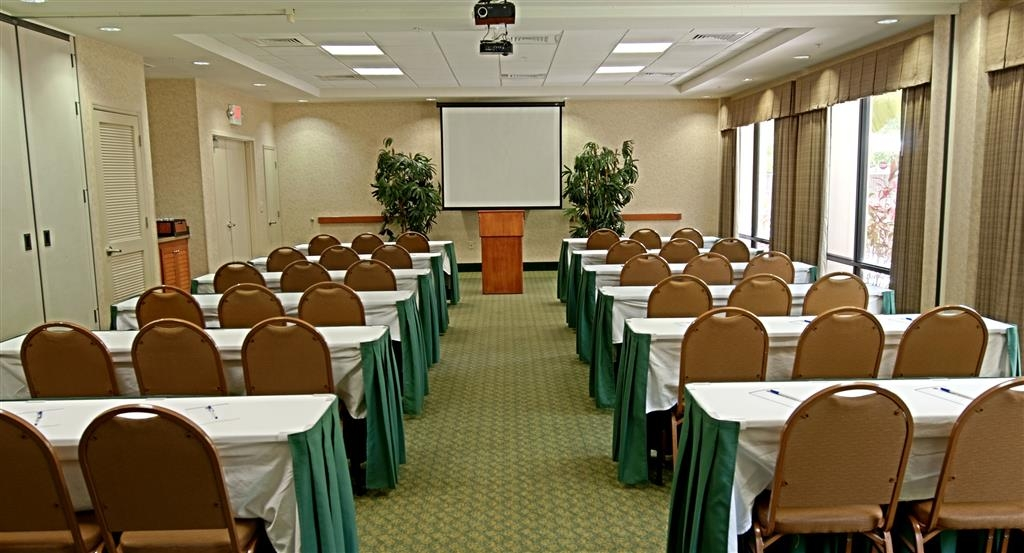 Best Western Plus Kendall Hotel & Suites - Classroom Style Meeting Room