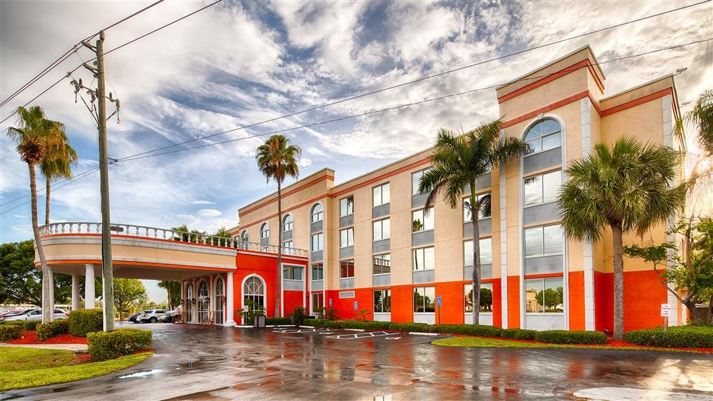 Best Western Fort Myers Inn & Suites - Außenansicht