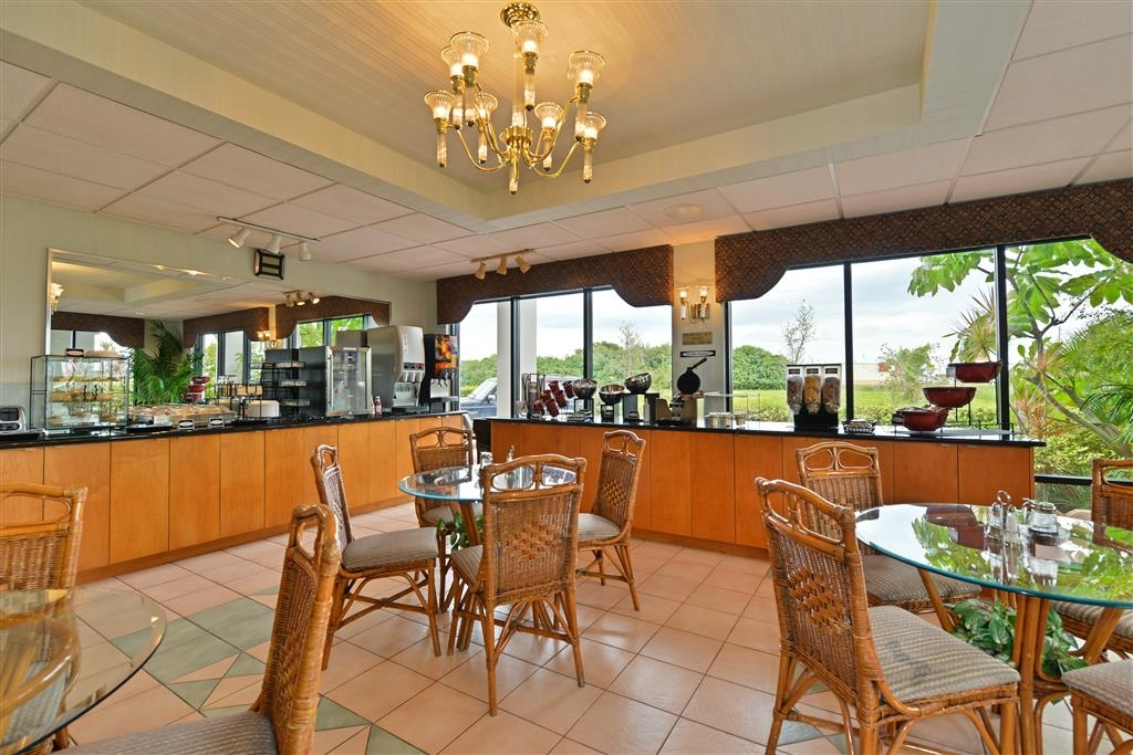 Best Western Lake Okeechobee - Restaurant / Etablissement gastronomique