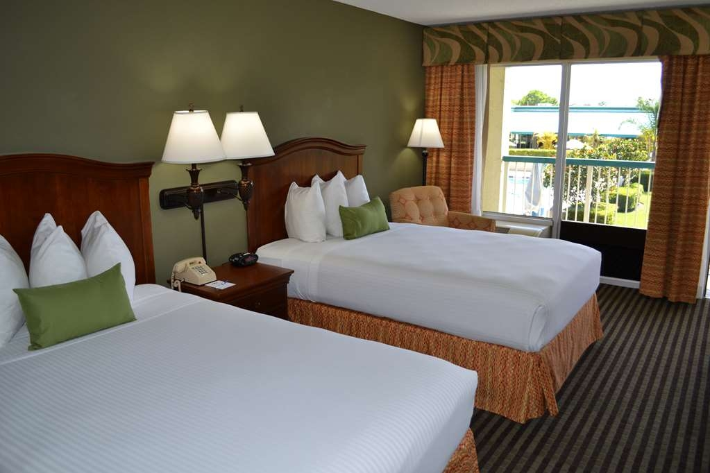 Best Western Downtown Stuart - Bring your whole family along and book a two-double bed guest room.