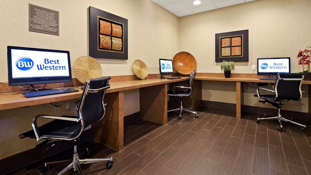 Best Western Downtown Stuart - Stay connected and productive with our modern business center.