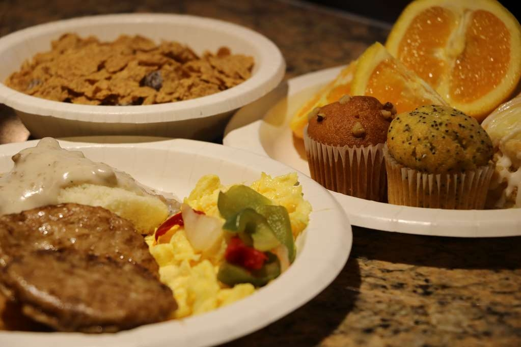 Best Western Downtown Stuart - A delicious hot breakfast buffet offering a variety of foods is included with all of our guests' stays.