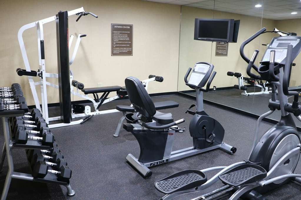 Best Western Downtown Stuart - Our fitness center allows you to keep up with your home routine… even when you're not at home.