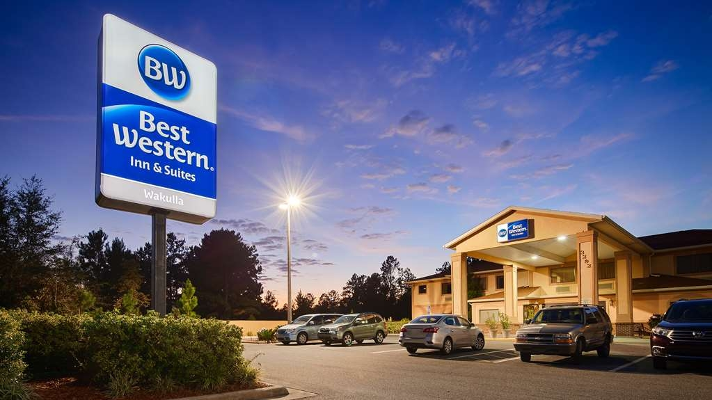 Best Western Wakulla Inn & Suites - There is no better way to experience Crawfordville than from the Best Western Wakulla Inn & Suites.