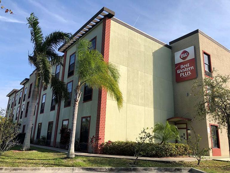 Best Western Plus Bradenton Gateway Hotel - Exterior