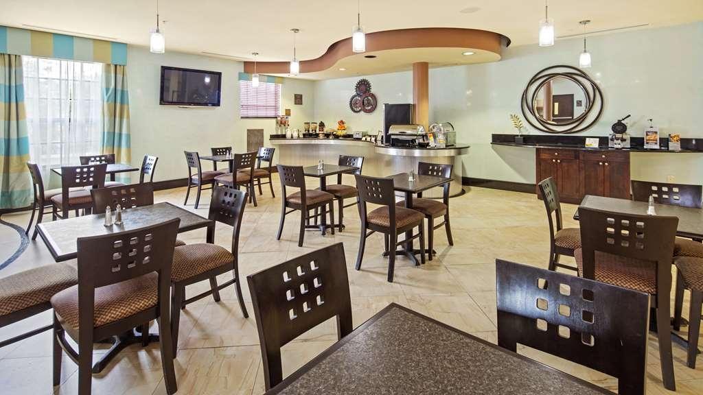 Best Western Plus Bradenton Gateway Hotel - Desayuno Buffet