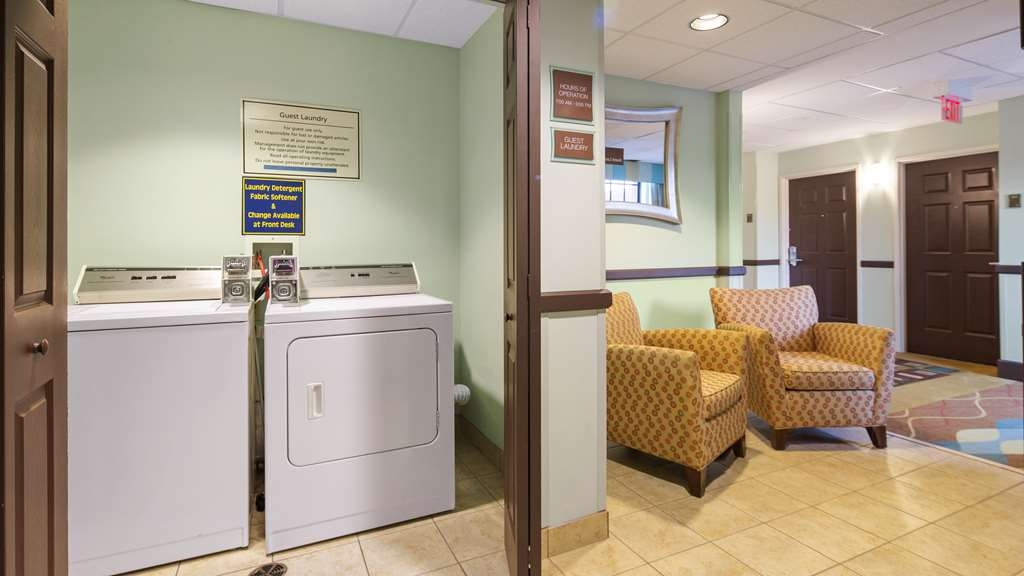 Best Western Plus Bradenton Gateway Hotel - waschsalon