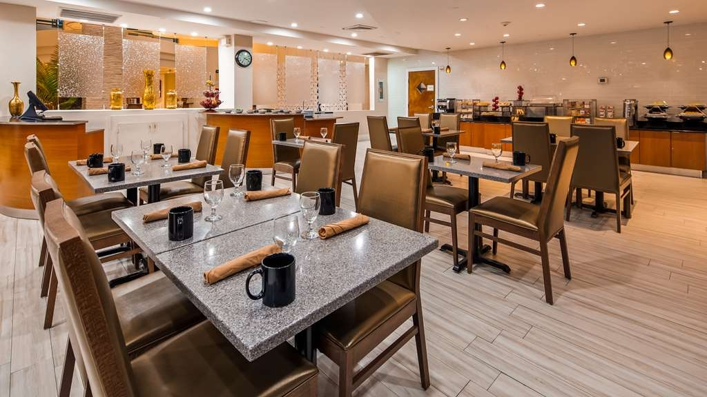 Best Western Plus Atlantic Beach Resort - Restaurant / Gastronomie