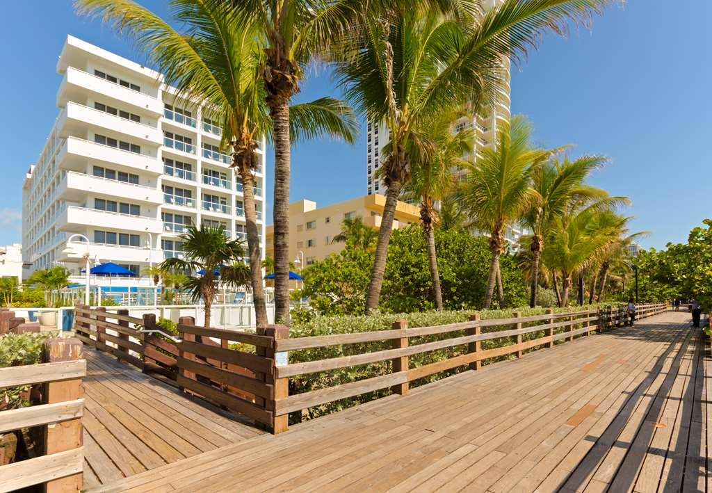 Best Western Plus Atlantic Beach Resort - strand