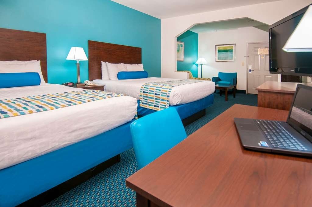 Best Western Plus Blue Angel Inn - Ti sentirai come a casa nella nostra spaziosa suite con letto king size.