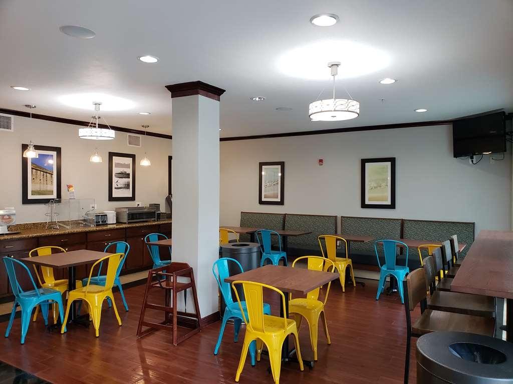 Best Western Plus Blue Angel Inn - Restaurant / Etablissement gastronomique