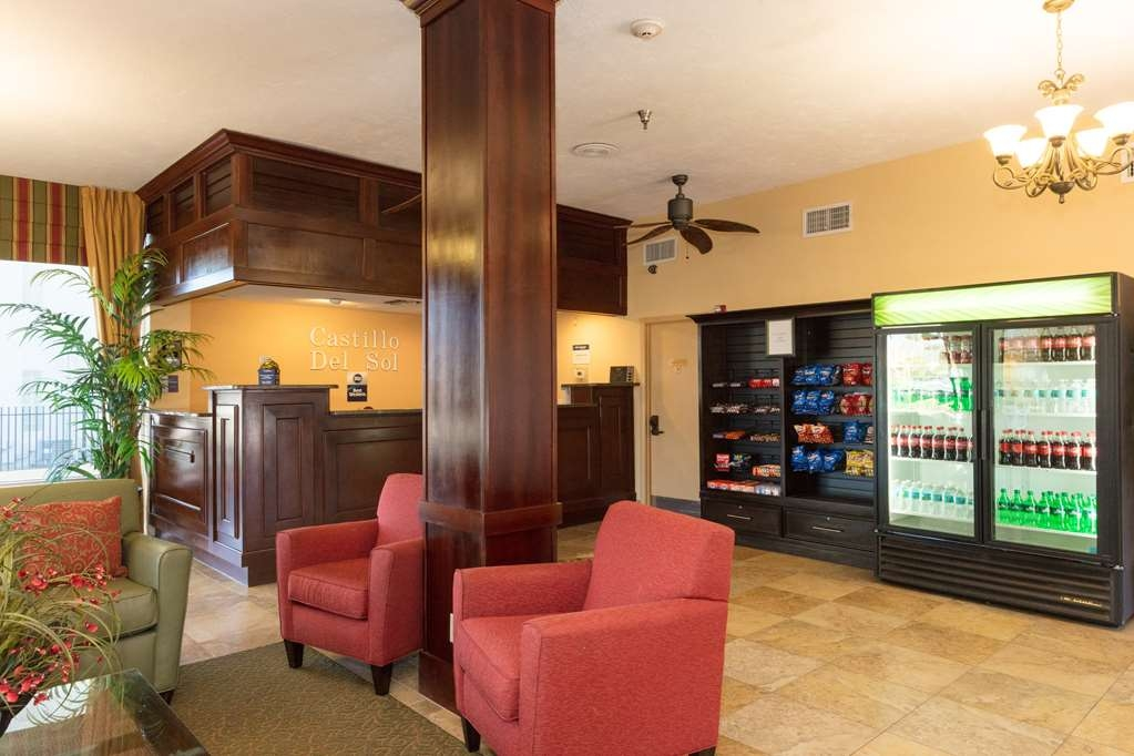 Best Western Castillo Del Sol - Come and enjoy the comfortable lobby offering a place to socialize with other guests or members of your party.