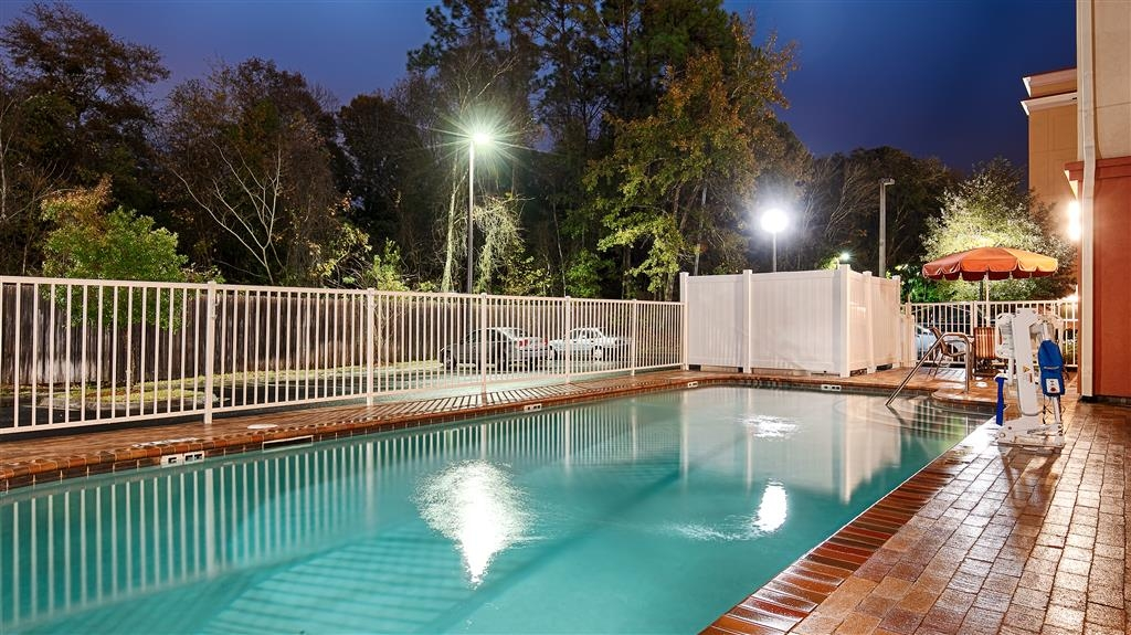 Best Western Plus Cecil Field Inn & Suites - Vue sur la piscine