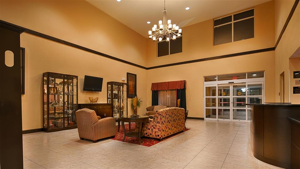 Best Western Plus Cecil Field Inn & Suites - Hall