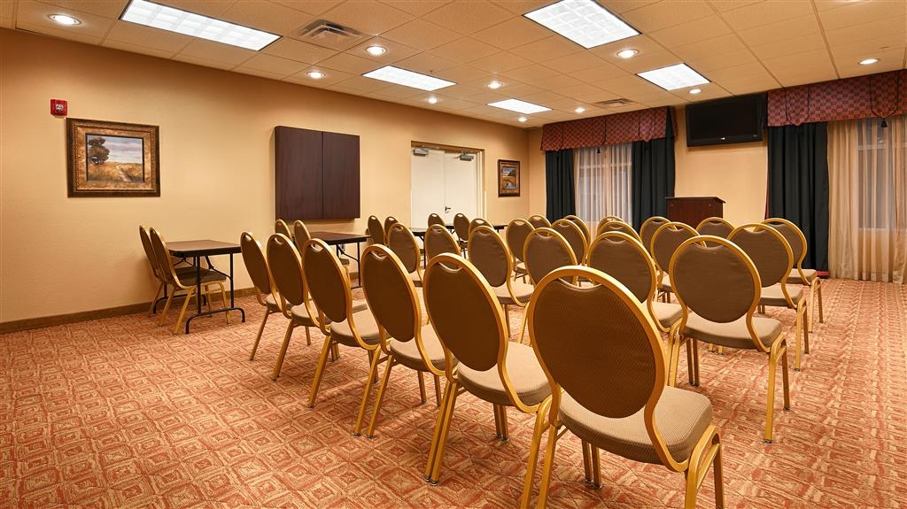 Best Western Plus Cecil Field Inn & Suites - Meeting room