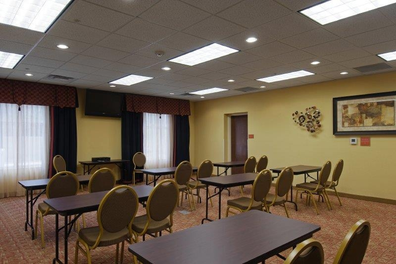 Best Western Plus Cecil Field Inn & Suites - Meeting Facilities