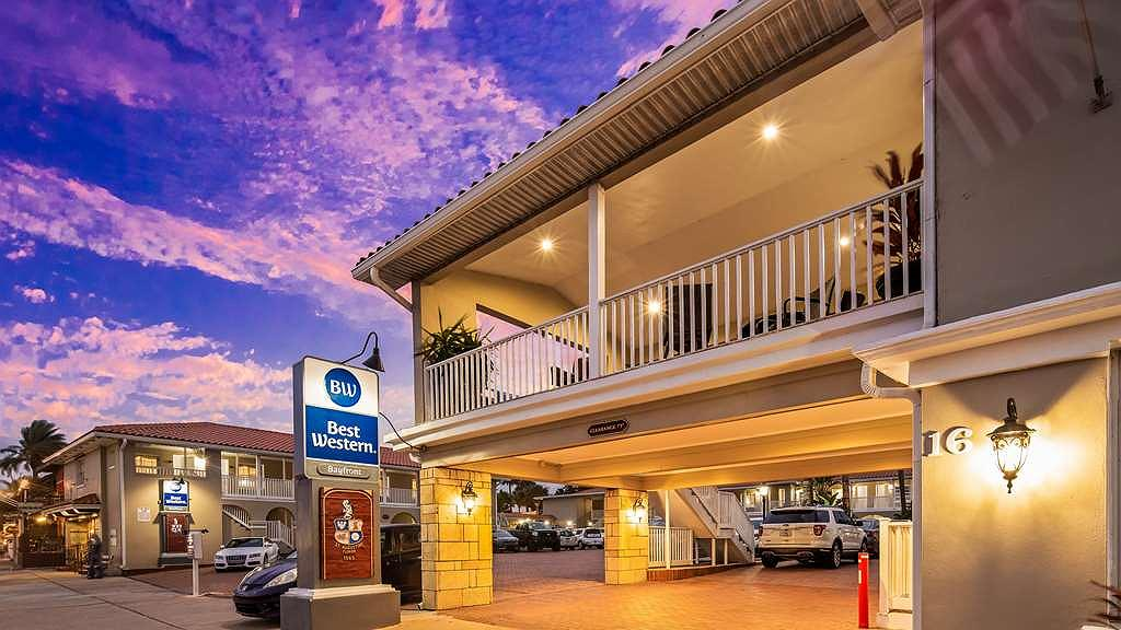 Best Western Bayfront - Aussenansicht