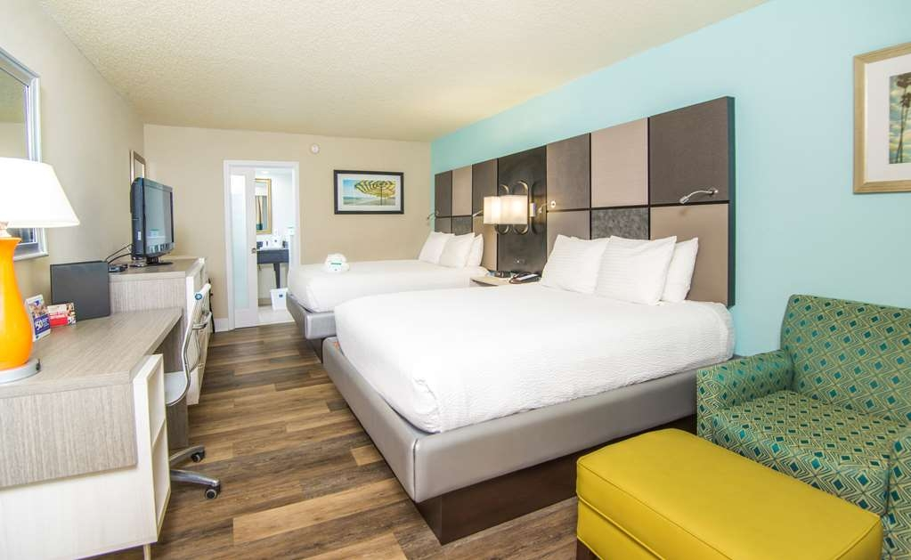Best Western St. Augustine Beach Inn - Sink into our comfortable beds each night and wake up feeling completely refreshed.