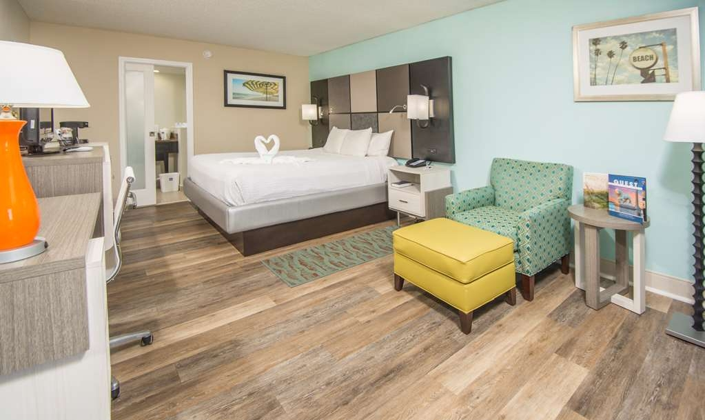 Best Western St. Augustine Beach Inn - Upgrade yourself to our king guest room for added comfort during your stay.