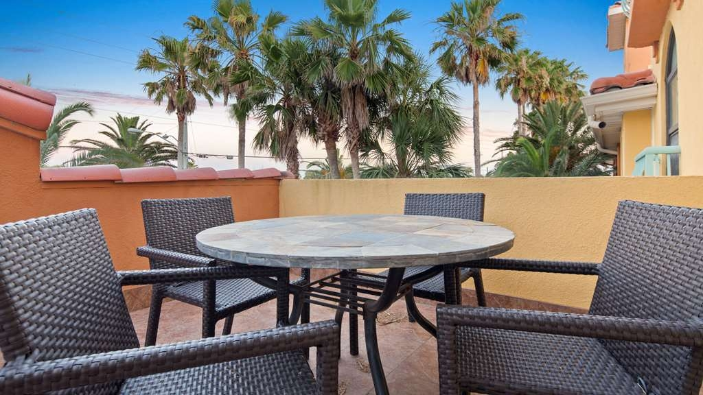 Best Western St. Augustine Beach Inn - Patio