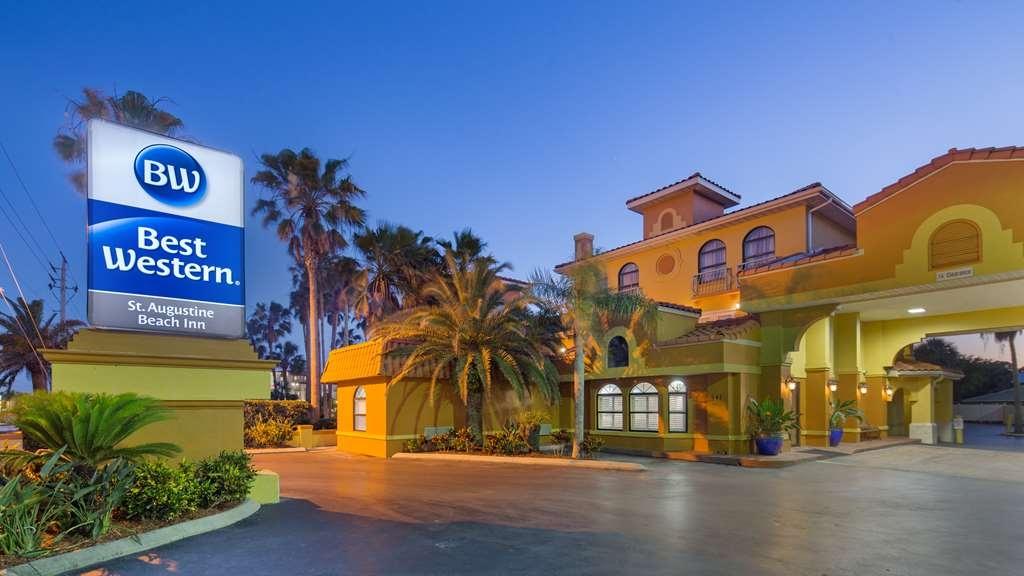 Best Western St. Augustine Beach Inn - Facciata dell'albergo