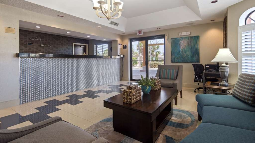 Best Western St. Augustine Beach Inn - First impression is important and our unique lobby is example of that