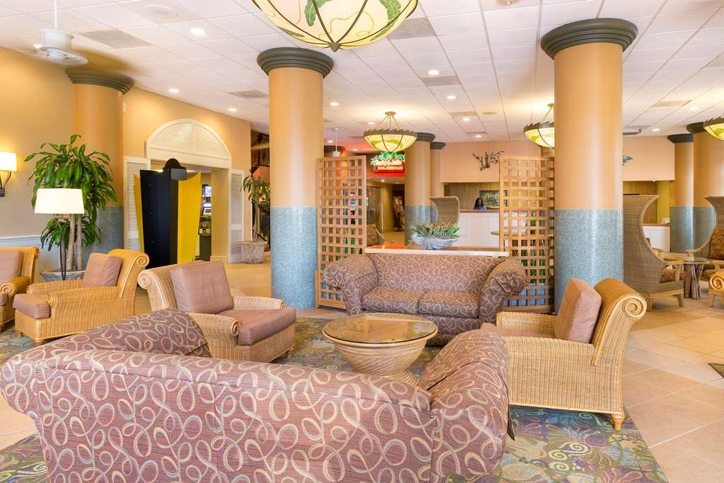 Best Western Orlando Gateway Hotel - Our lobby is the perfect spot to relax after a long day of work and travel.