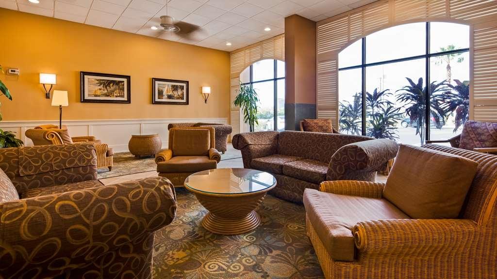 Best Western Orlando Gateway Hotel - Lobby