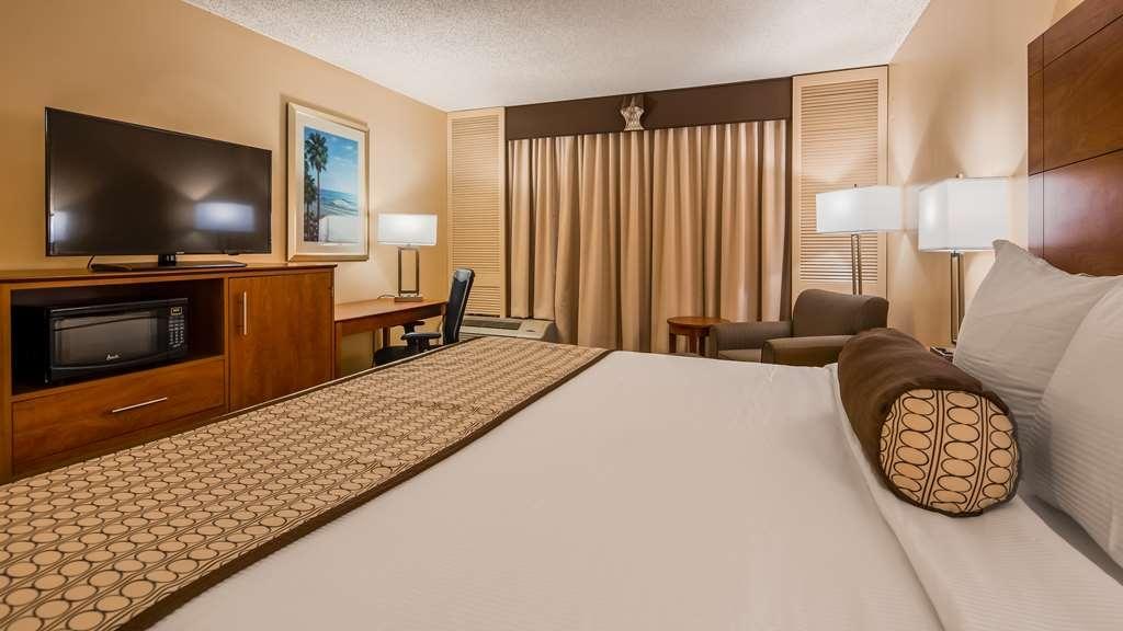 Best Western Orlando Gateway Hotel - King Guest Room