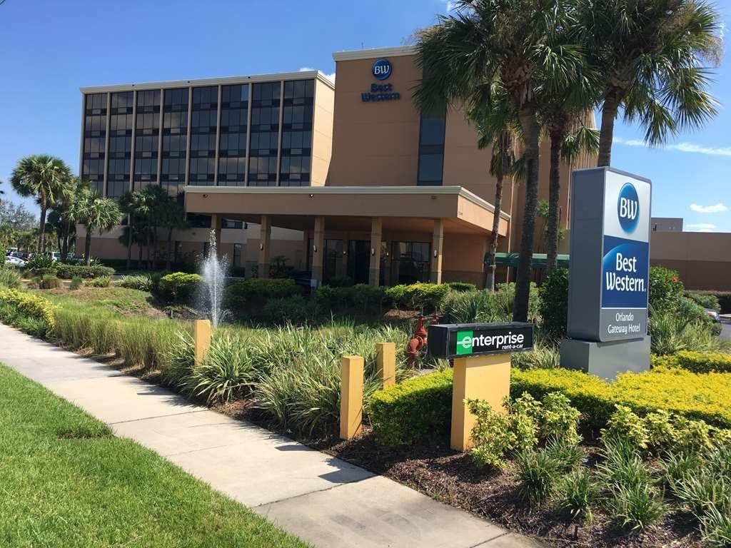 Best Western Orlando Gateway Hotel - Daytime Exterior View