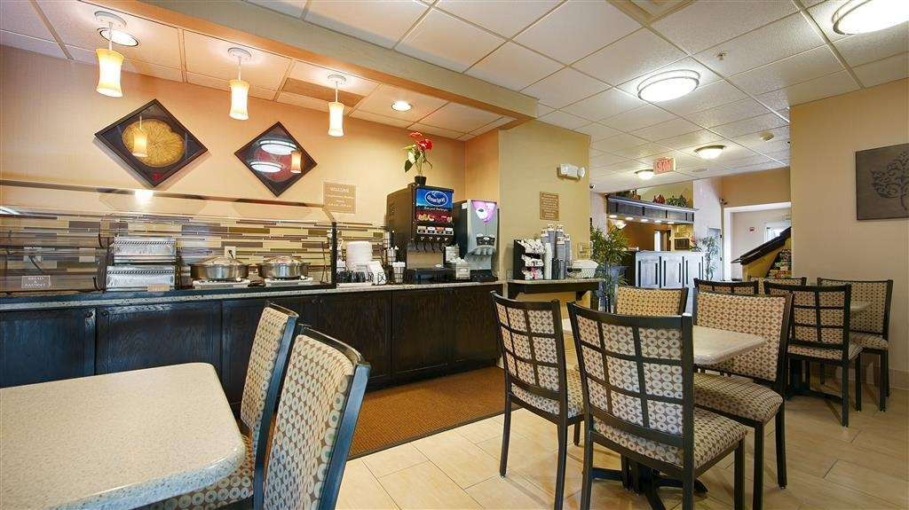 Best Western Orlando Convention Center Hotel - Prima colazione a buffet
