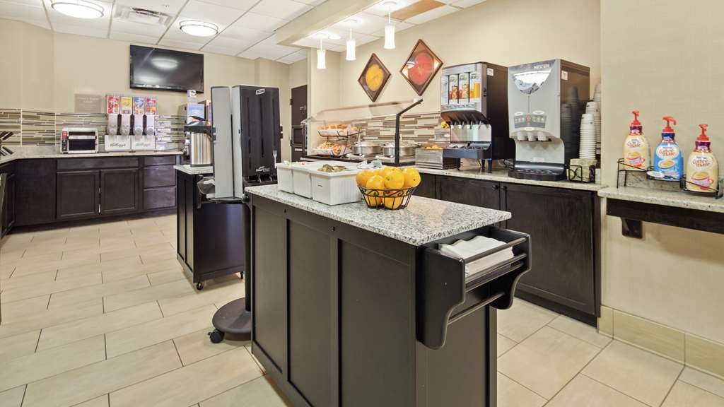 Best Western Orlando Convention Center Hotel - Get a healthy start!