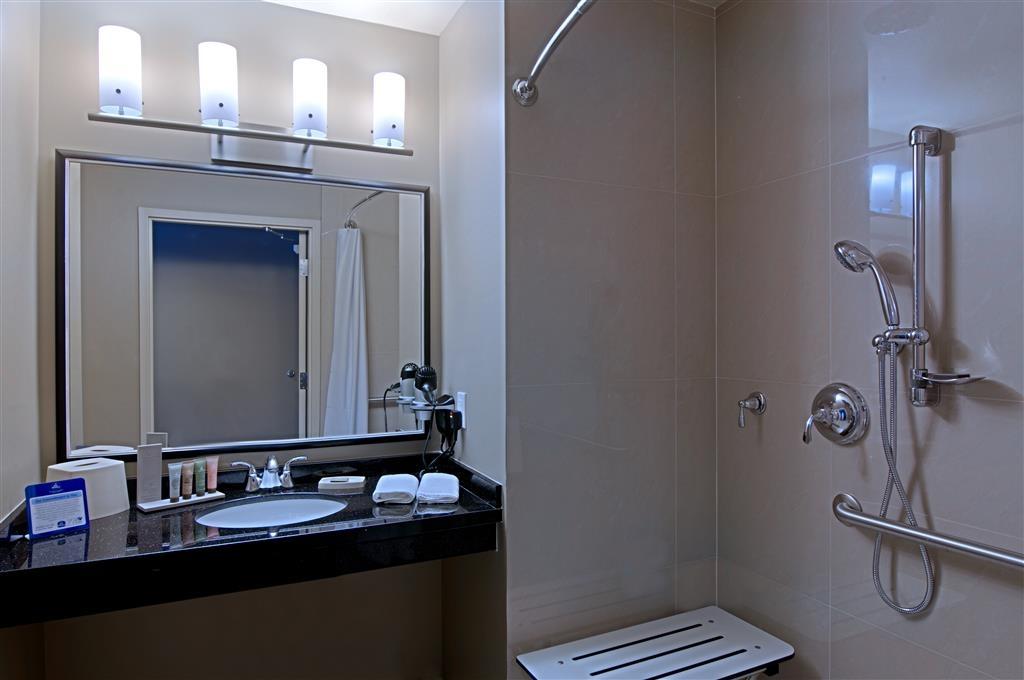 Best Western Plus Miami Airport North Hotel & Suites - Baño