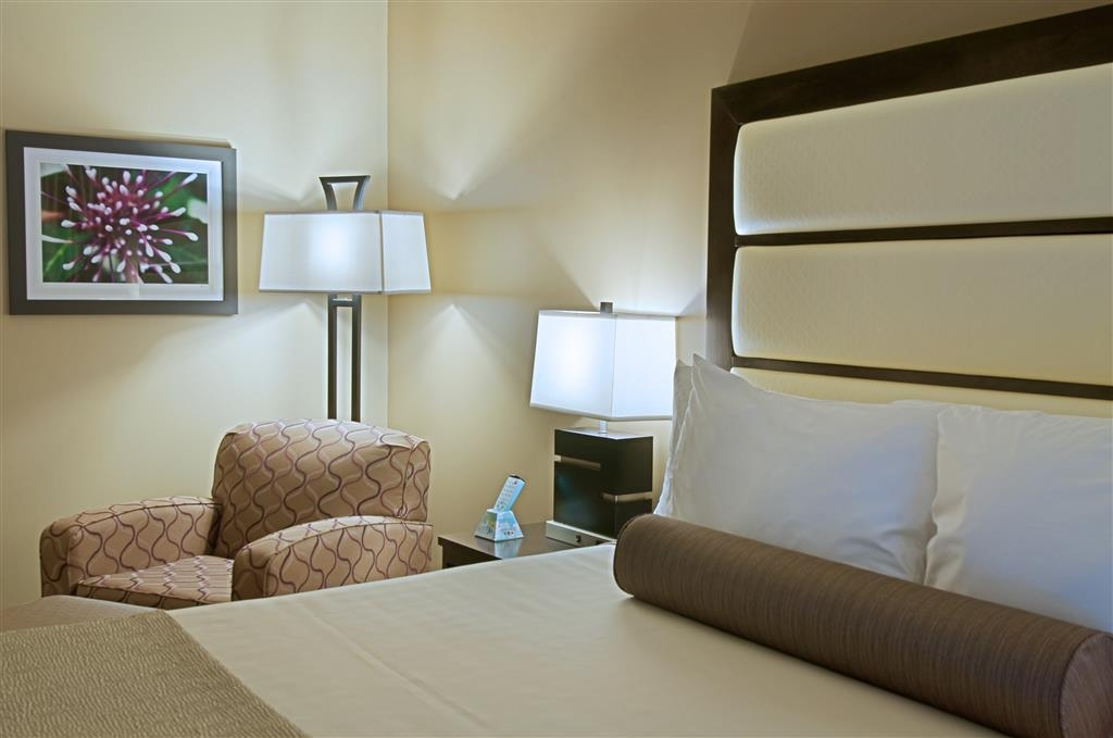 Best Western Plus Miami Airport North Hotel & Suites - Chambres / Logements