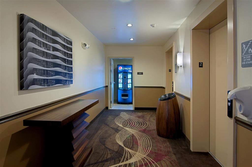 Best Western Plus Miami Airport North Hotel & Suites - equipamiento de propiedad