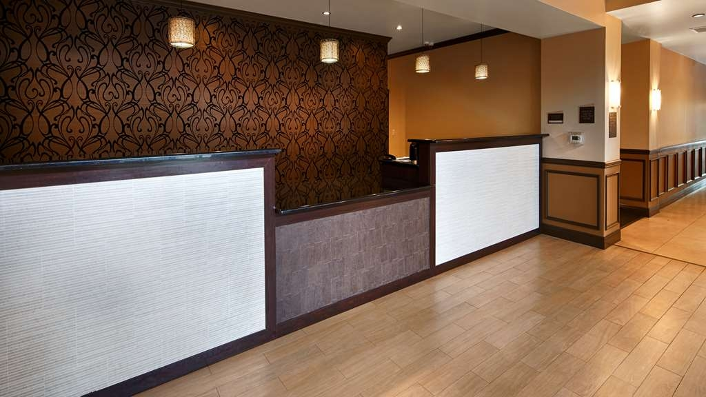 Best Western Plus Miami Airport North Hotel & Suites - Vue du lobby