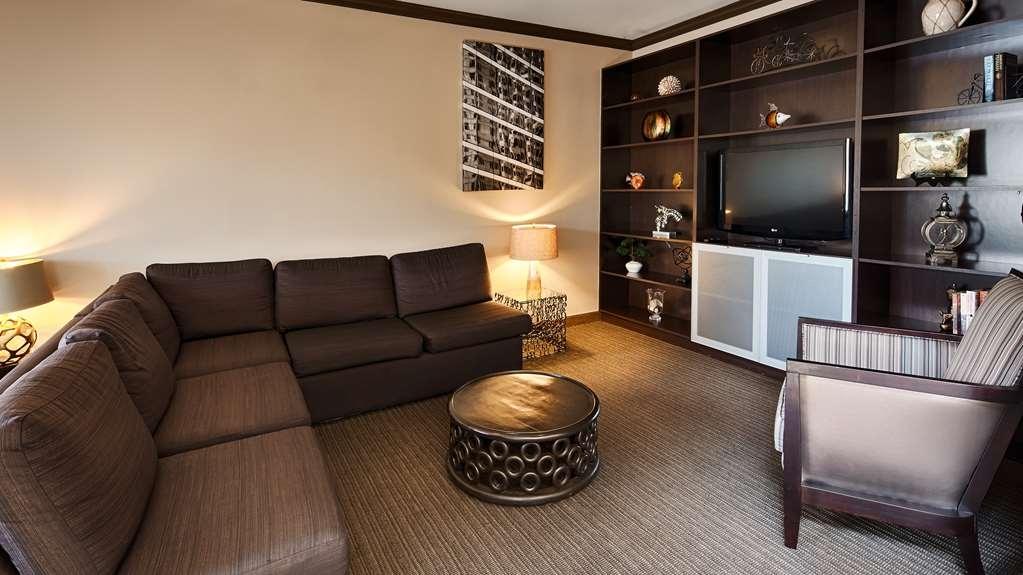 Best Western Plus Miami Airport North Hotel & Suites - proprietà amenità